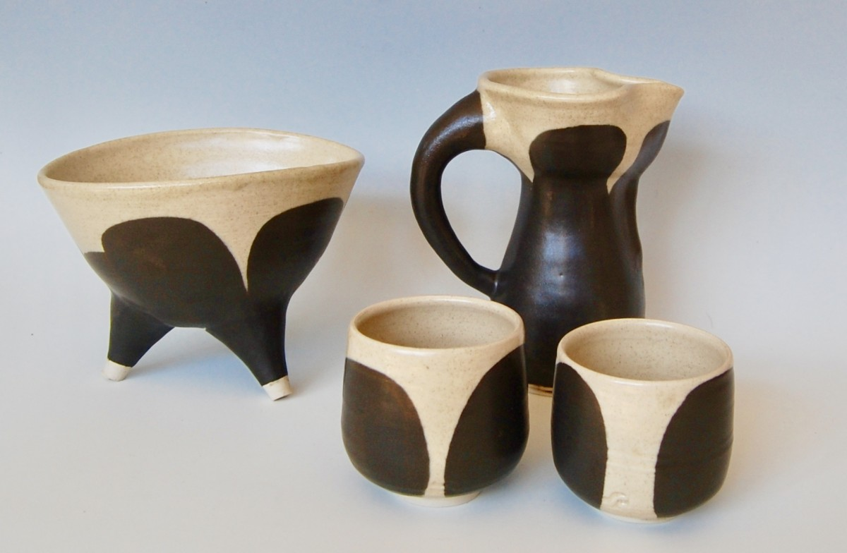 Ruth Jourjine Pottery – December 2017